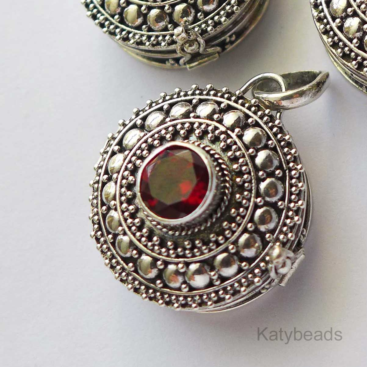 21mm Sterling Silver Poison Locket Keepsake Pendant with Faceted Garnet PL10