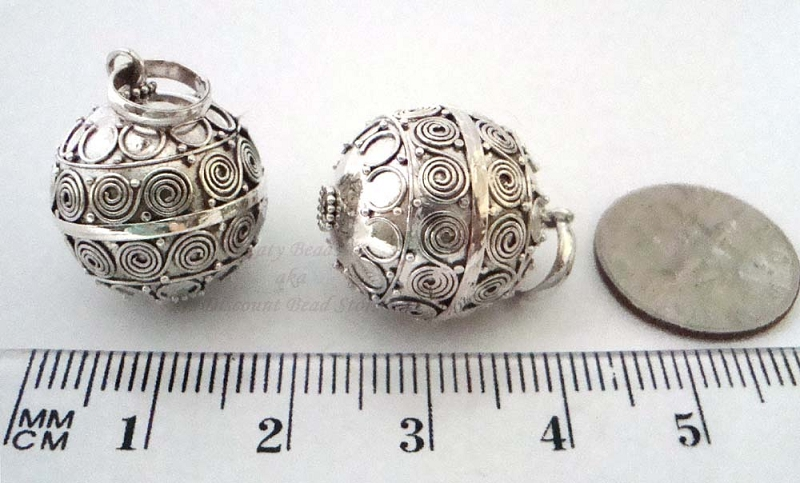 20mm Sterling silver Harmony Ball pendant HM55